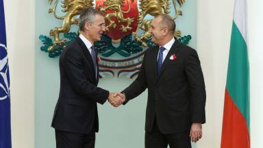 НФСБ иска от Румен Радев да се извини за разговора на английски със Столтенберг