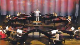 """""""Концерт на 8 рояла"""" ще гостува през ноември в България"""