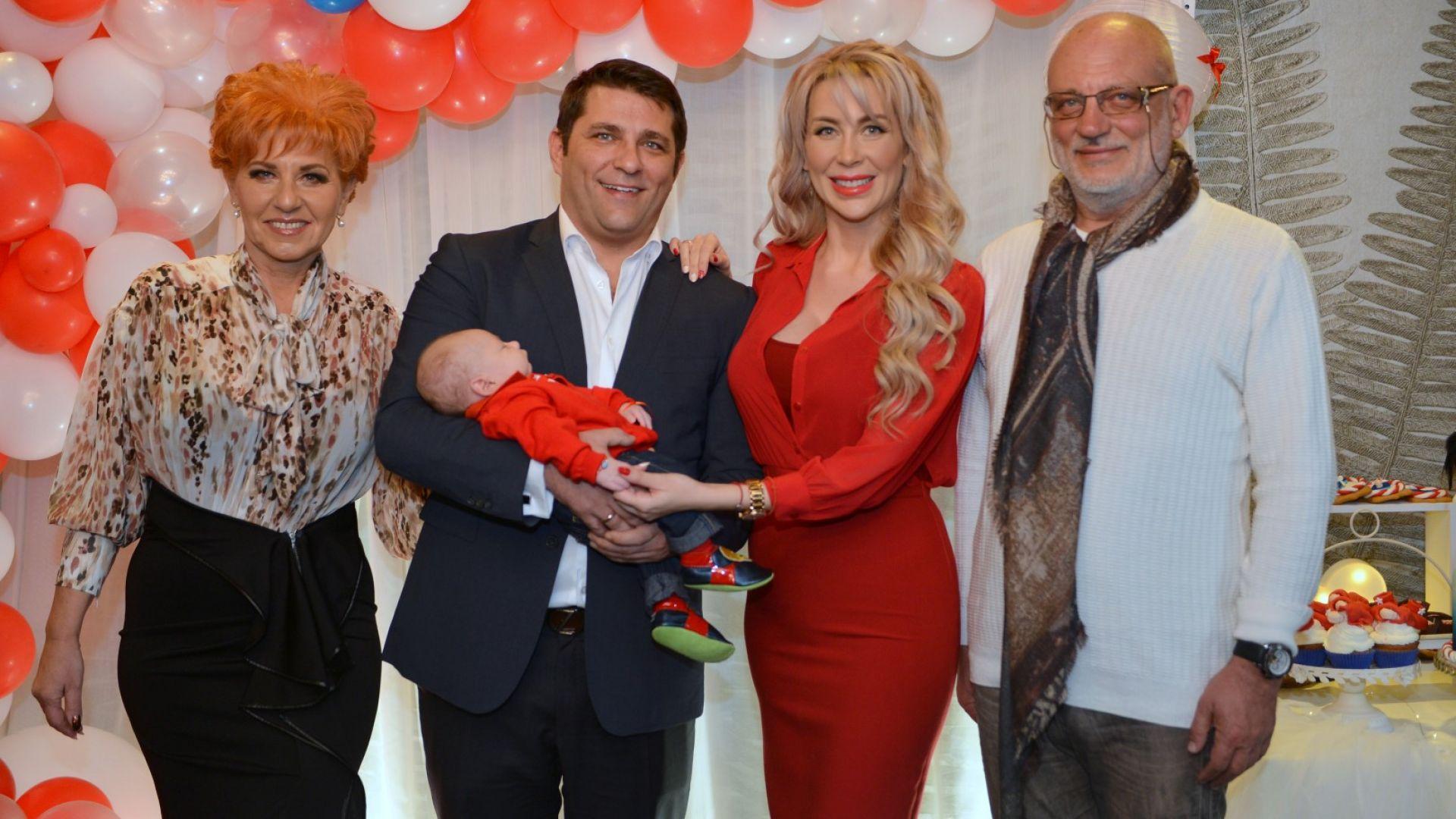 Батинкови с родителите на Антония