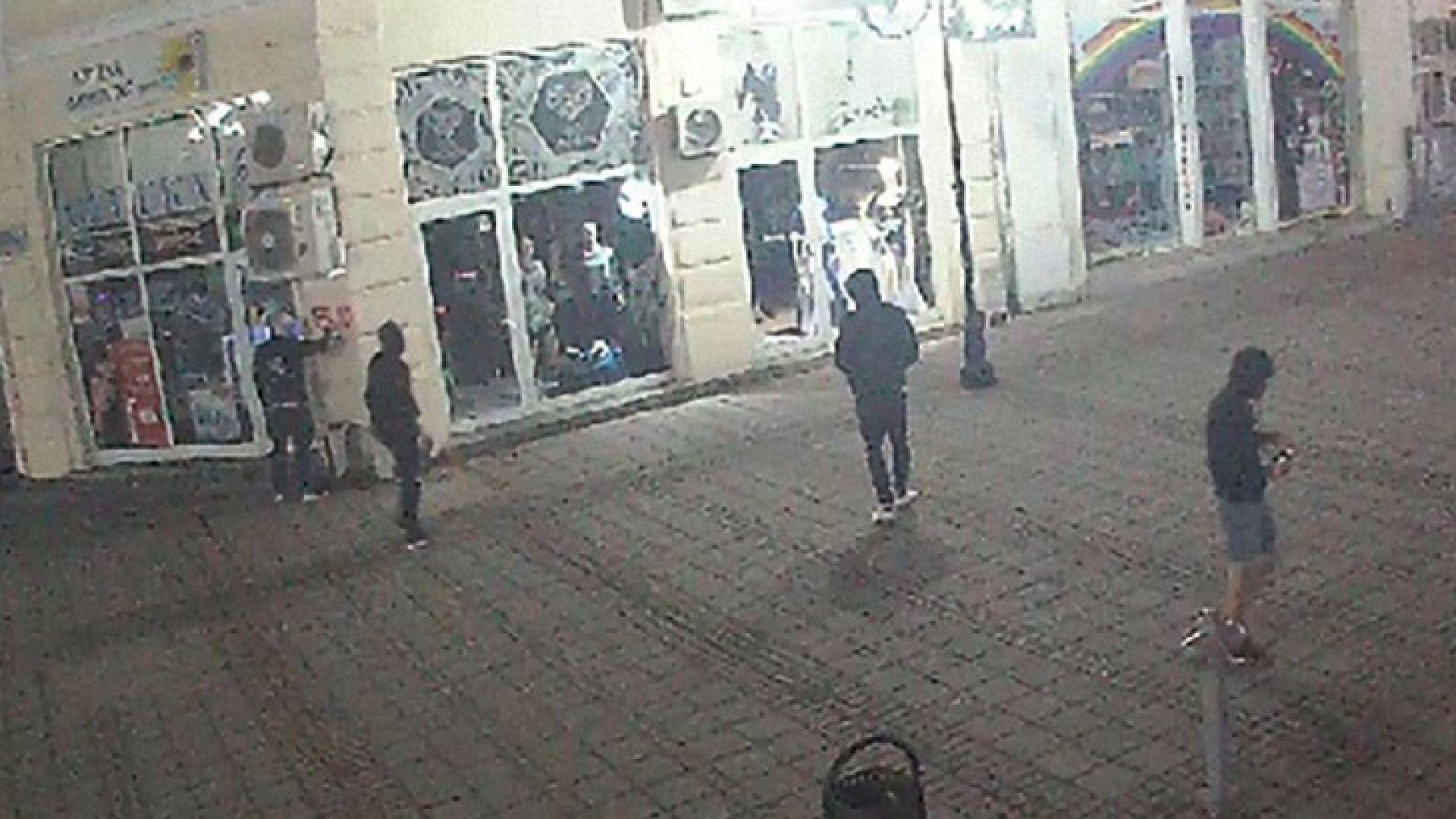 Вандали нанасят щети в централната част на Русе, съобщиха от