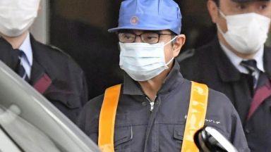 Карлос Гон избяга от Япония