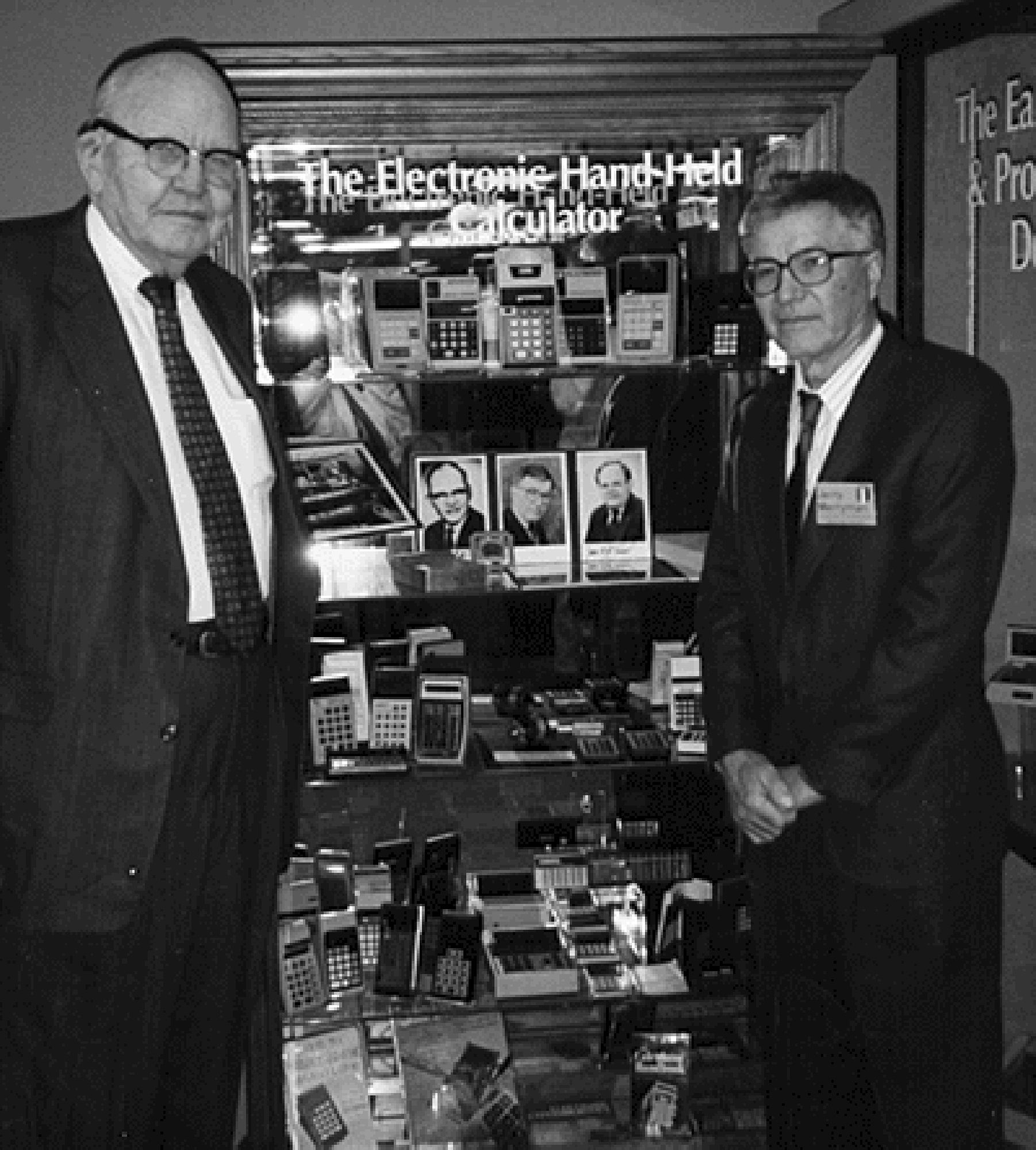 Нобеловият лауреат за физика Джак Килби и Джери Мериман в Американския компютърен музей през 1997 г.