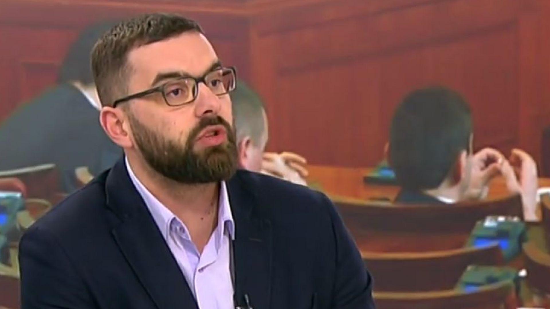 Стоян Мирчев: България в момента се управлява от една нова коалиция - ДПС и ГЕРБ