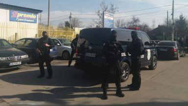 """Иван Гешев: Над 15 души, повечето от клана Гольовците, са задържани в """"Орландовци"""" (видео)"""