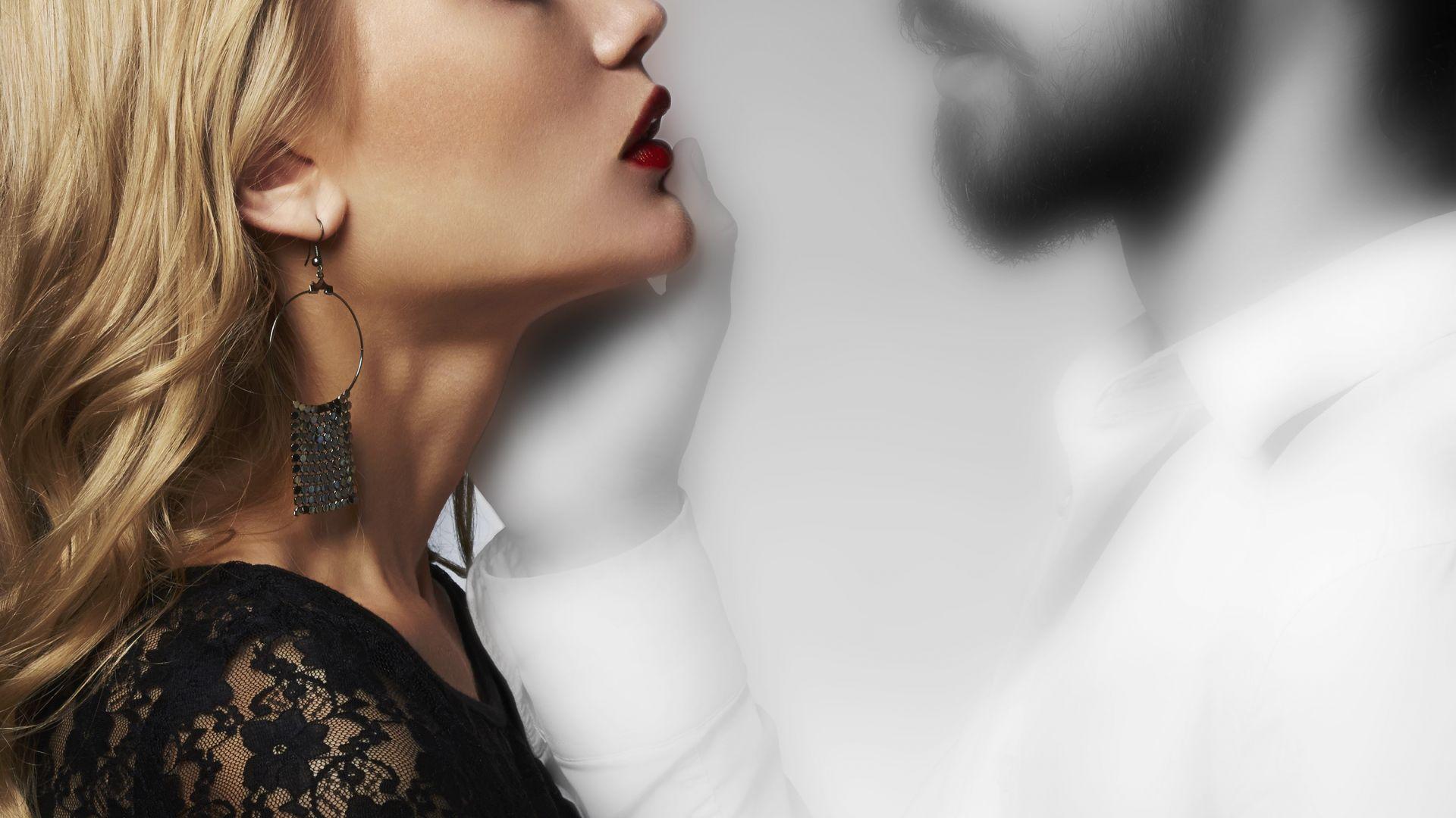 Защо с възрастта силата на интимните моменти отслабва, въпреки желанието?