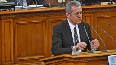 Амнистия на дълговете за всички вероизповедания, реши комисия в НС