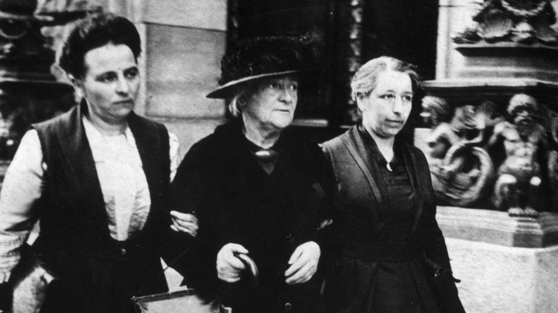 Историята на 8 март: Споровете за избора на тази дата продължават и днес