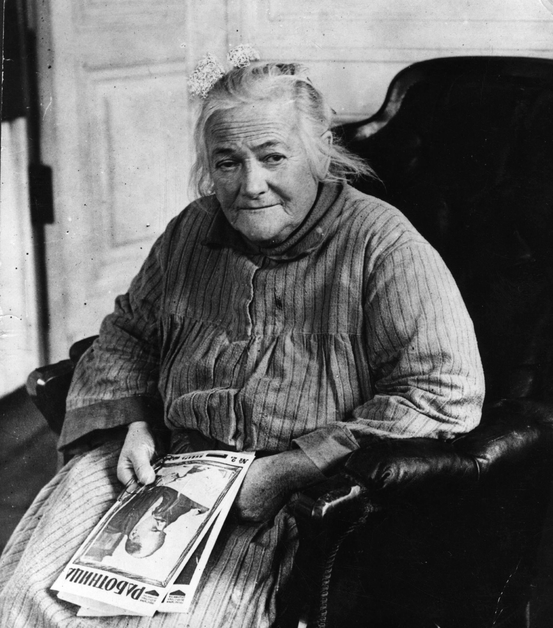 Клара Цеткин през март 1924 г