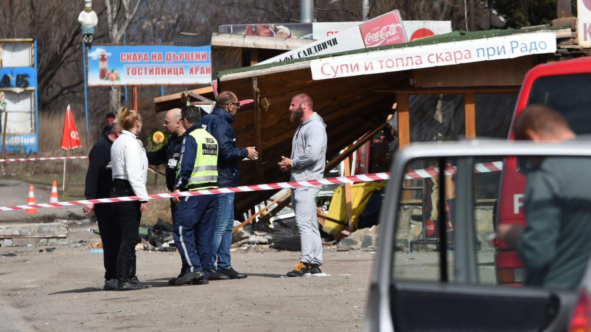 Двама души загинаха при тежка катастрофа на Околовръстното