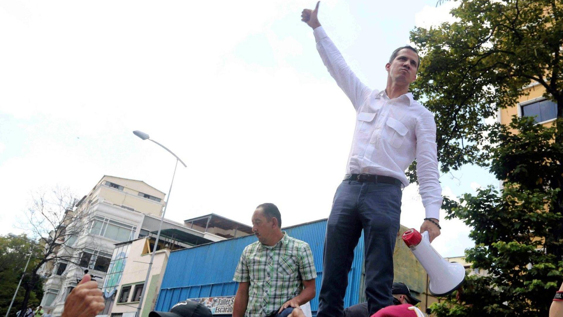 Гуаидо: Бизнесът във Венецуела е изгубил 400 милиона долара  заради спирането на тока