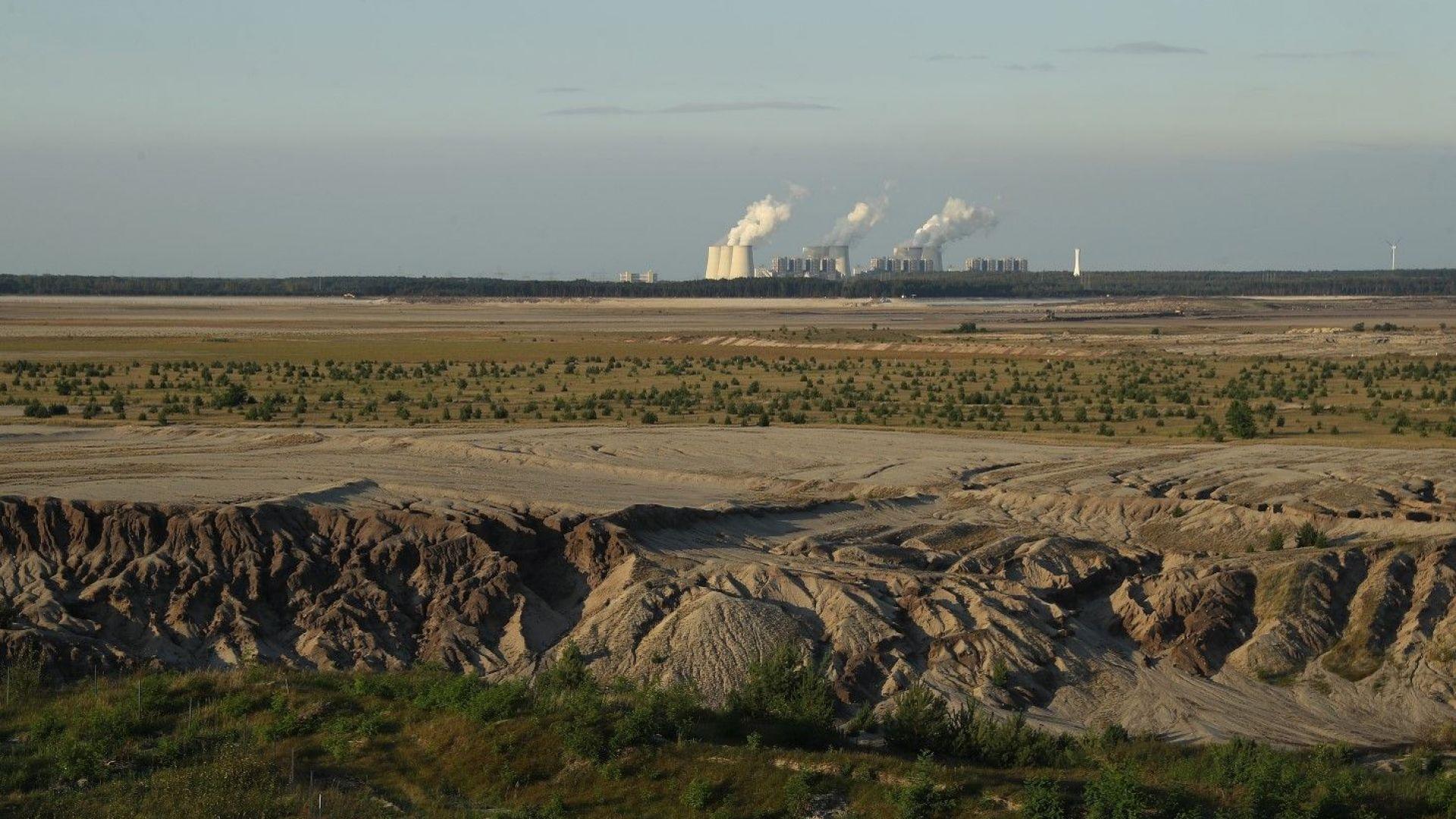 190 хиляди декара плодородна земя покрита с отпадъци от ТЕЦ-ове