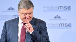 Петро Порошенко е с коронавирус, понася тежко болестта