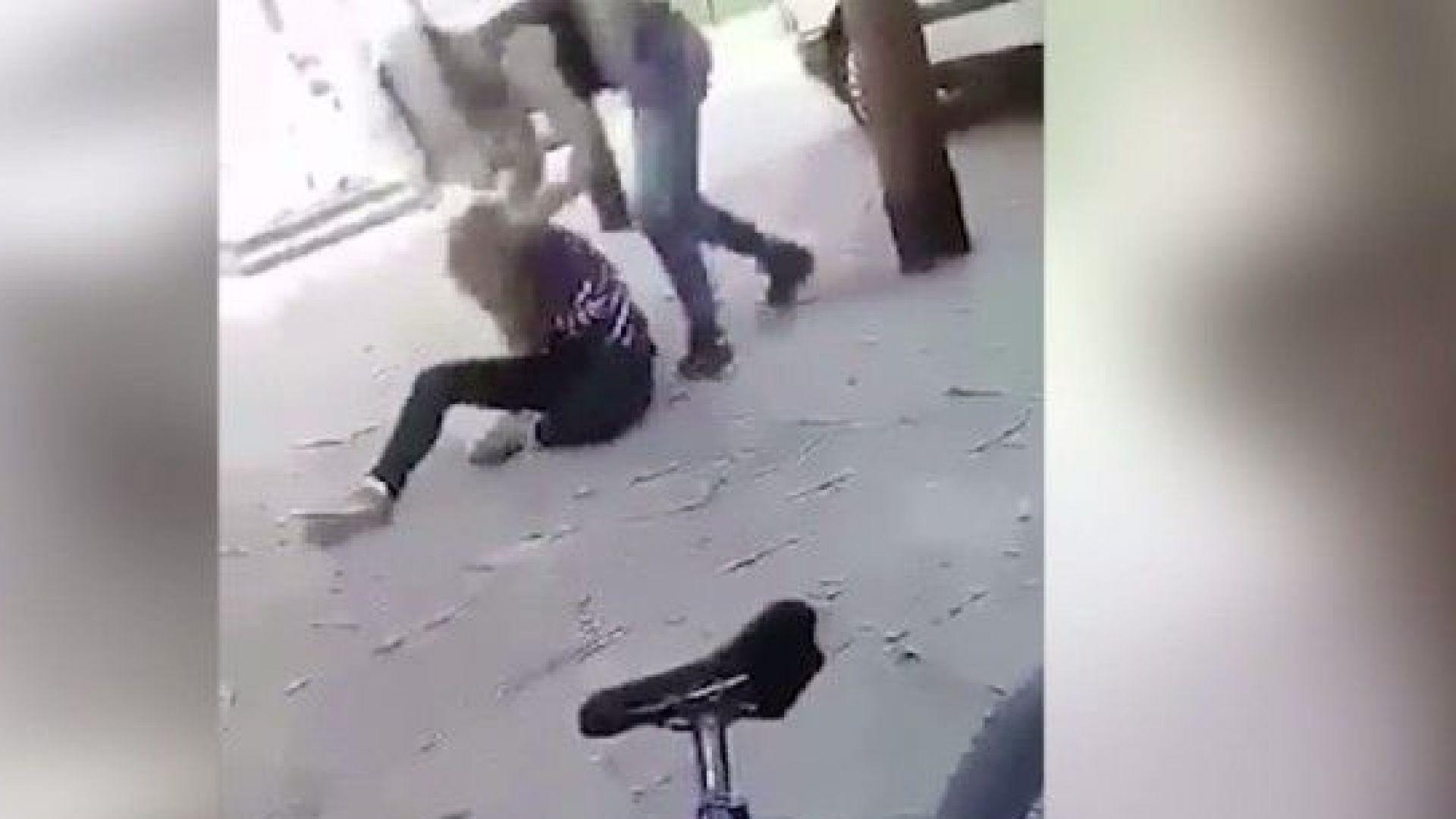 15-годишна ученичка преби връстничка на улицата в Габрово