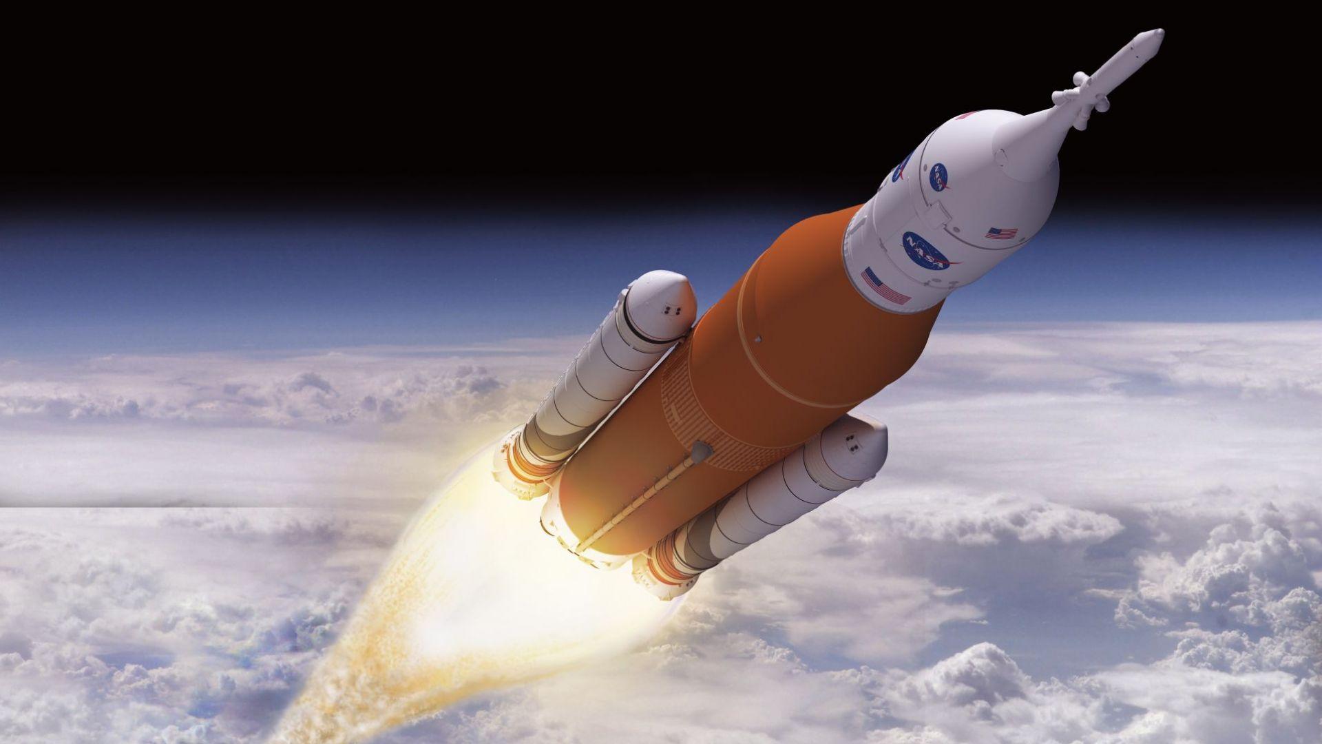 Илон Мъск: НАСА ще отиде до Луната по много скъп начин