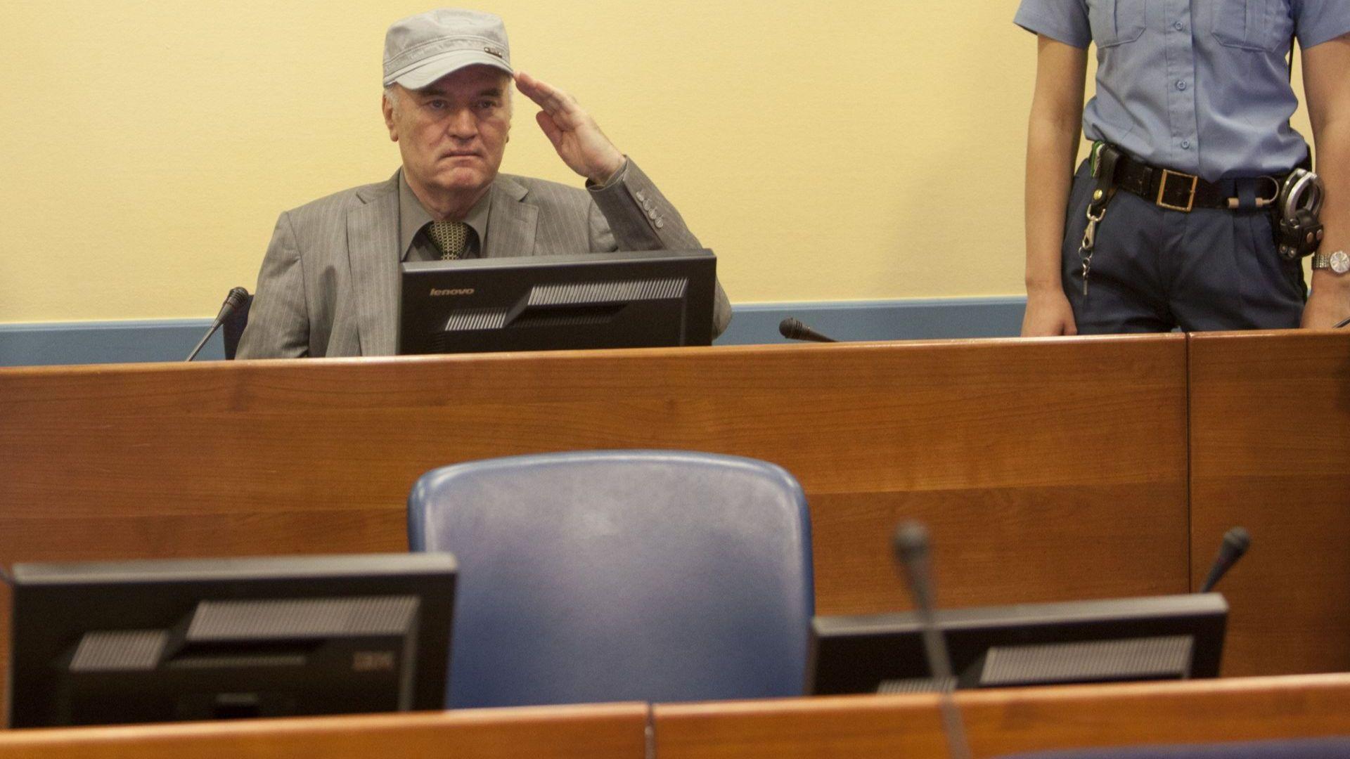 Ратко Младич е приет в болница