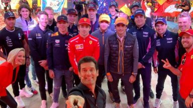 Формула 1 представи пилотите пред няколко хиляди в Мелбърн (галерия)