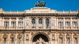 Италиански съд преразгледа решение, че жена е твърде грозна, за да бъде изнасилена