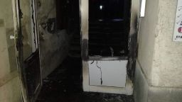 Кюстендил на косъм от трагедия, психично болен подпали газифициран блок (снимки)