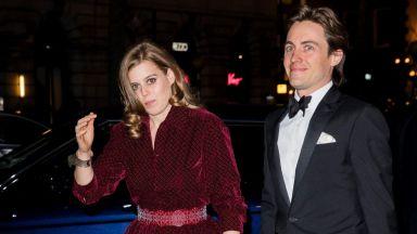 Принцеса Беатрис се появи за първи път с любимия на червения килим