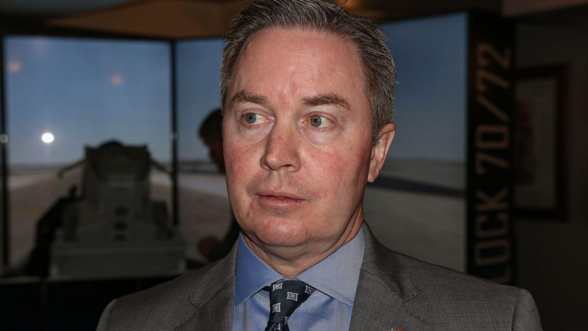 Очаква се договорът за Ф-16 да стане факт през лятото, казва Джеймс Робинсън