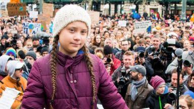 Шведската ученичка Грета Тунберг е предложена за Нобелова награда за мир