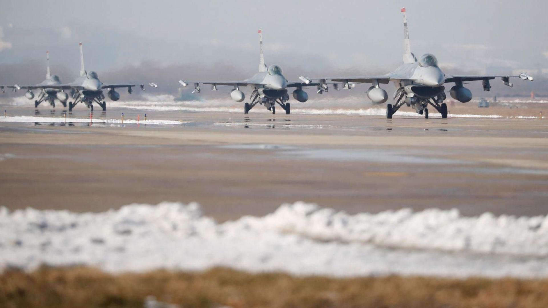 Ф-16 вече пазят небето над Румъния