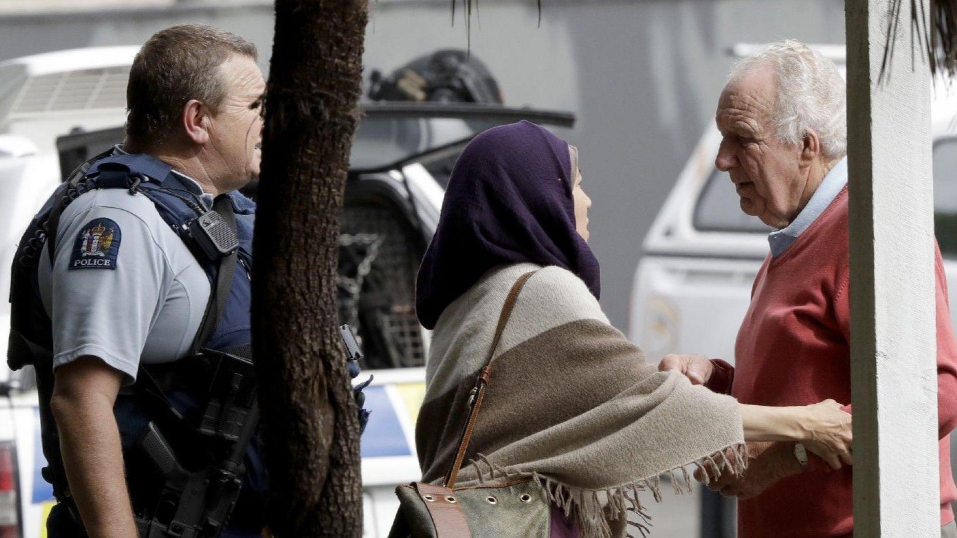 Множество жертви при атаки срещу две джамии в Нова Зеландия
