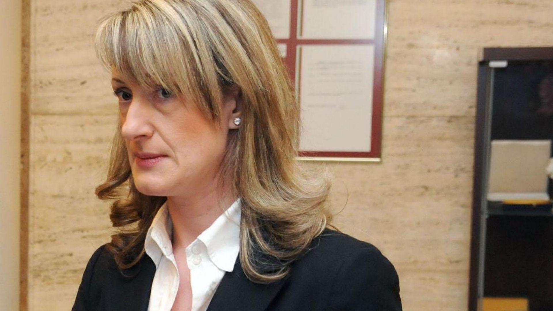 Зинаида Златанова пред Dir.bg: Гласуването снощи е победа на Тереза Мей и стъпка напред към сделка с Брюксел