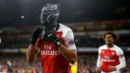 Черната пантера - историята с маската, която сложи голмайсторът на Арсенал