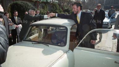 """Назад в историята: Паметното гласуване """"За"""" НАТО преди 15 г."""