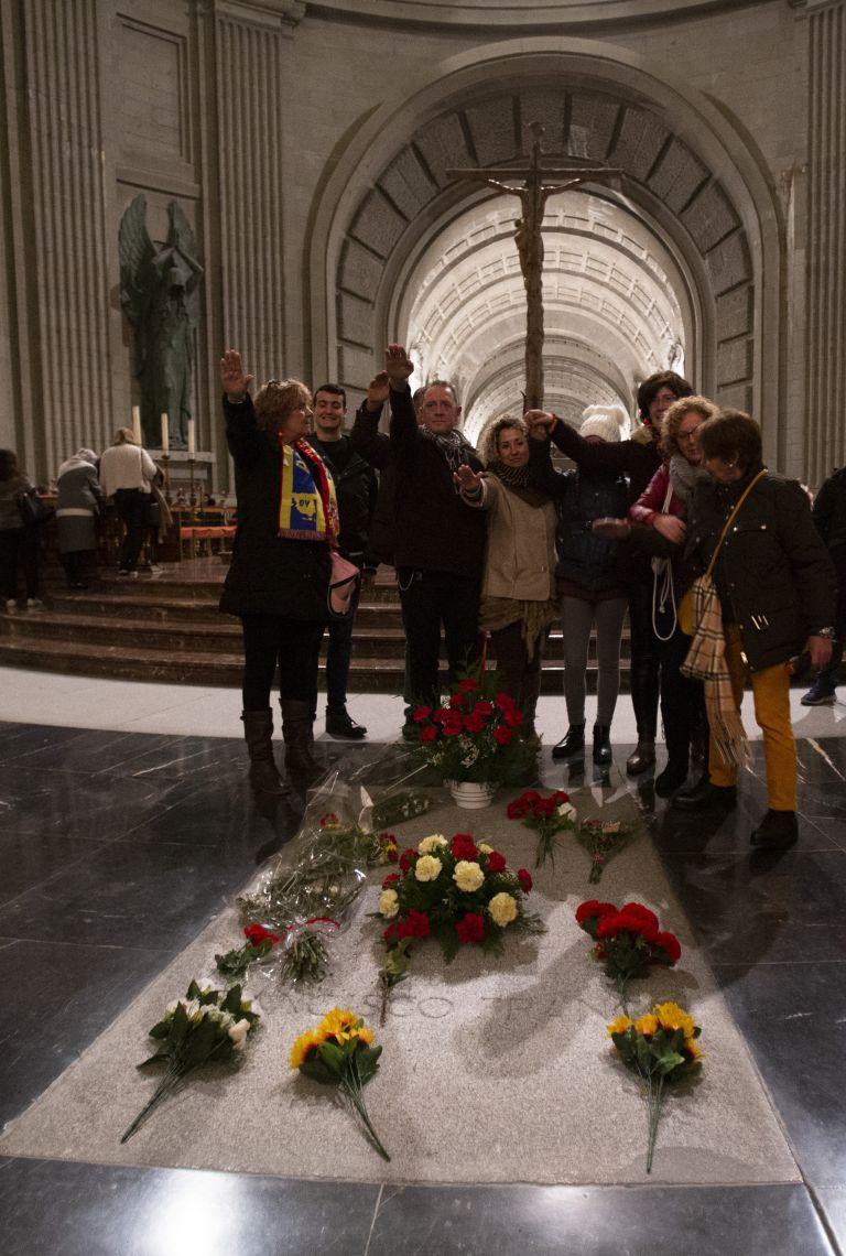 Гробът на Франко в мавзолея