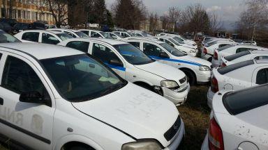 СДВР продава 65 патрулки на търг с начална цена от 270 лв. (снимки)