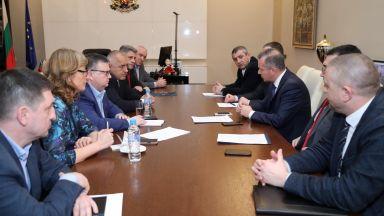 Борисов свика спецслужбите, търсят българска връзка с терориста от Нова Зеландия