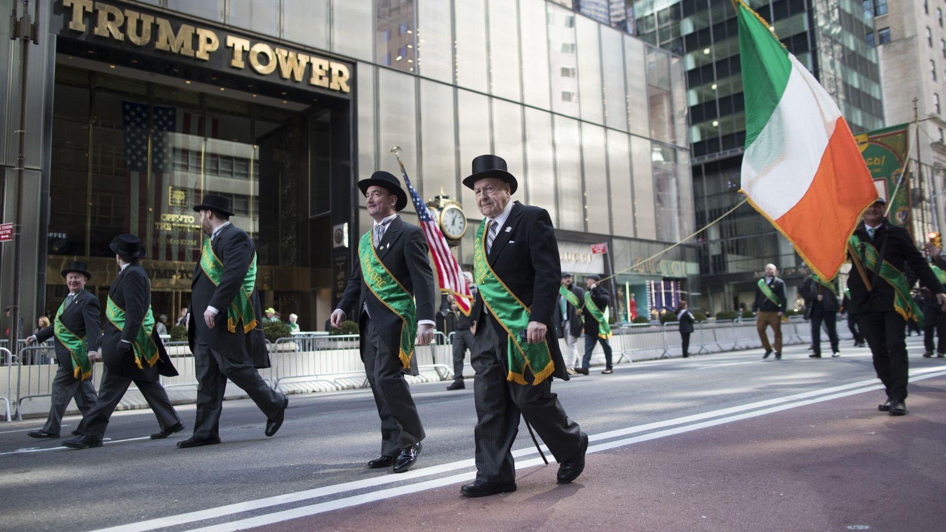 Ирландците и техните потомци по цял свят отбелязват Деня на Свети Патрик