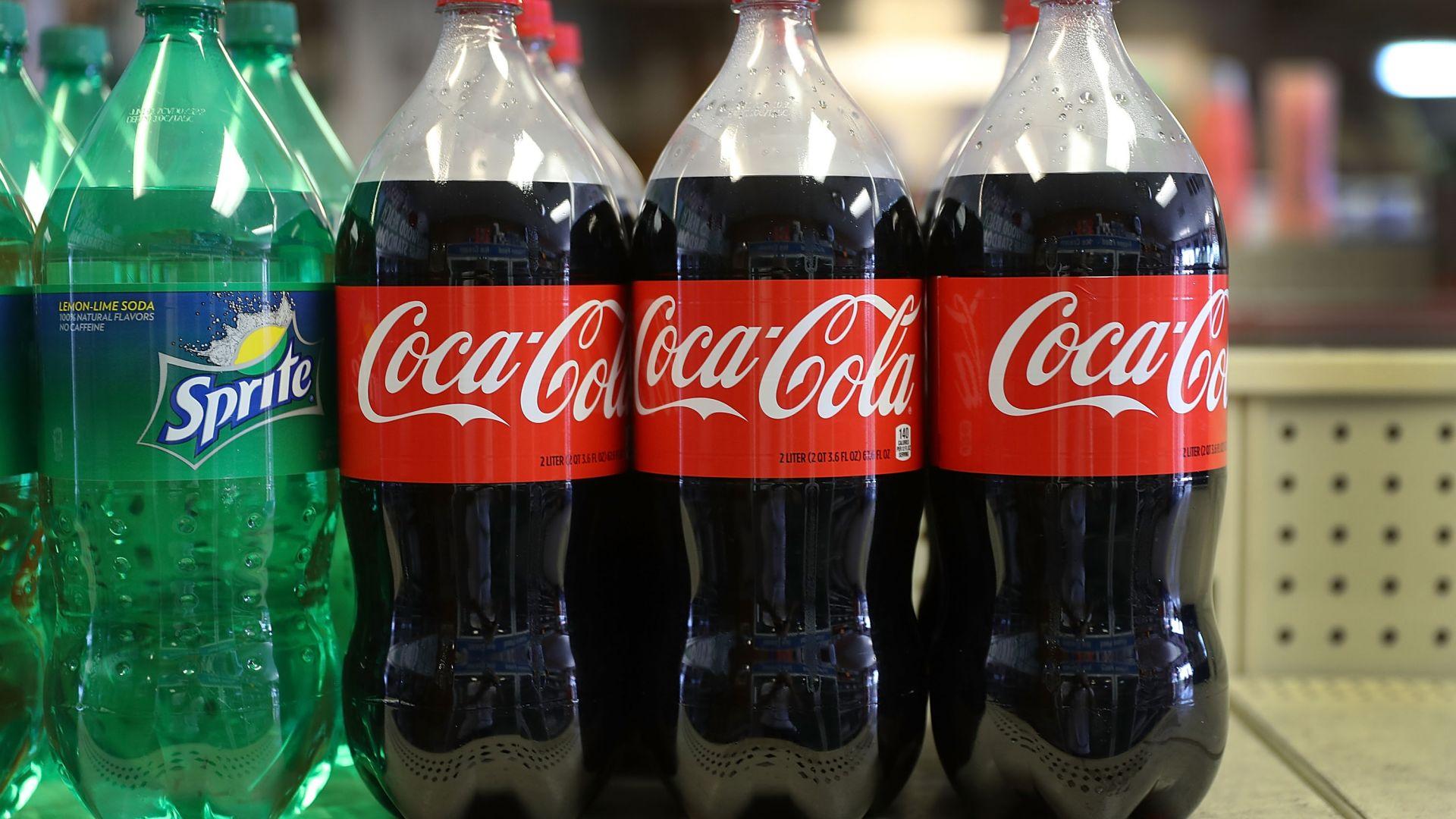 Как Coca-Cola допринася за глобалния проблем с пластмасата