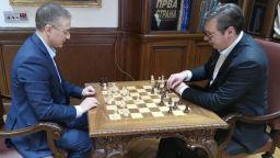 """За """"кратка почивка"""": Вучич и Стефанович играят шах в блокираното президентство"""