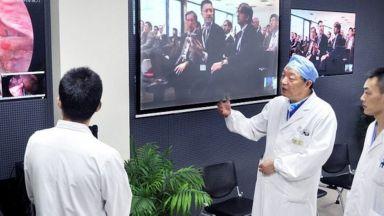 Китайски хирург извърши първата дистанционна мозъчна операция