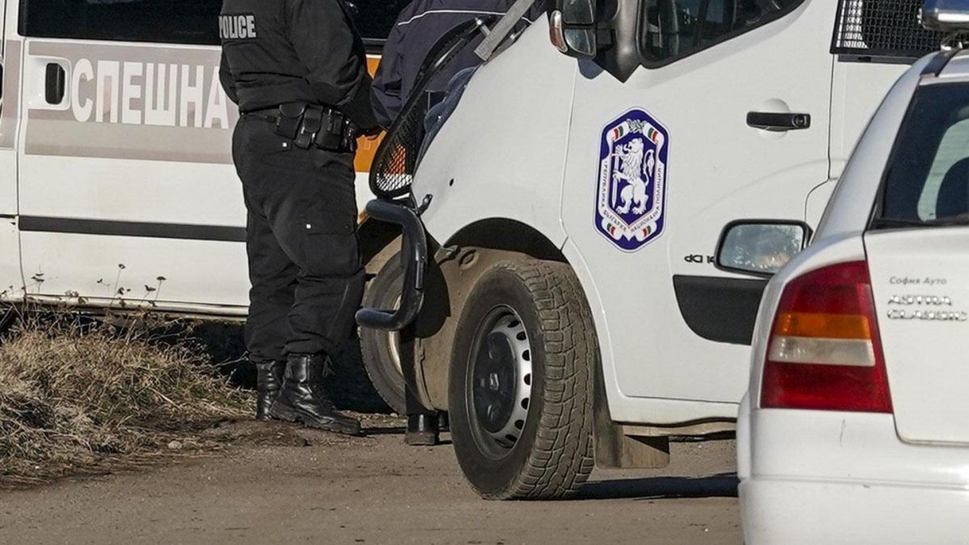 Криминалисти разследват убийството на жена в Харманли, съобщи ОД на
