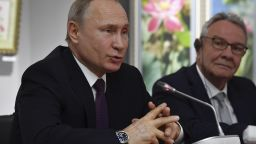 Путин в Крим: Онези, които наложиха санкции, не разбират принципа на демокрацията