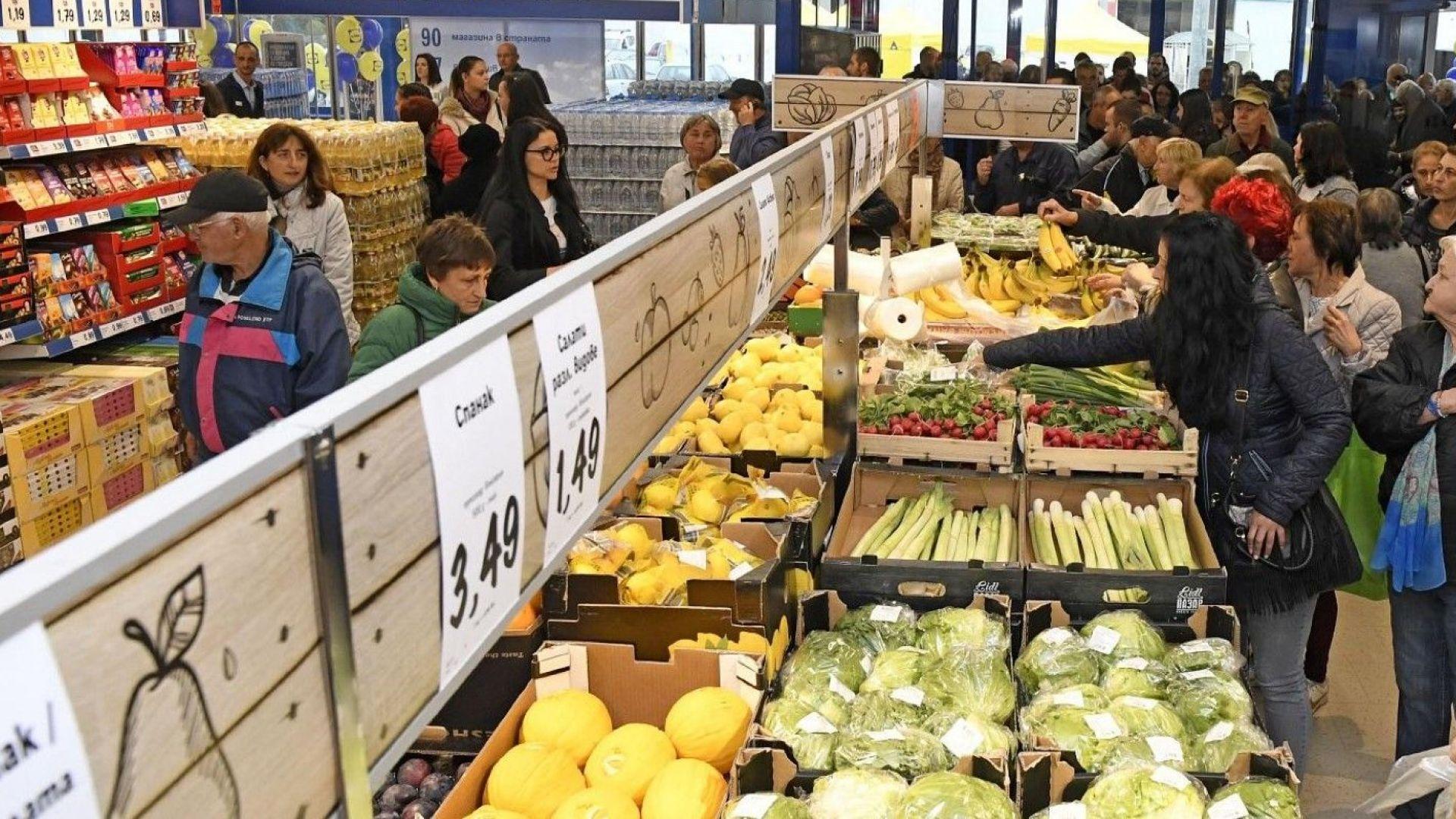 Експерт: Трябва да вдигнем заплатите и увеличим вътрешното потребление