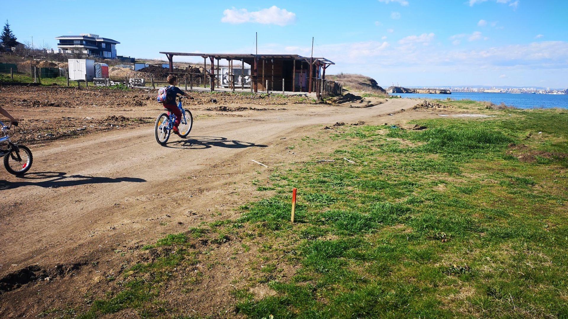 Снимка: Определиха трасето на новата крайбрежна алея в Бургас