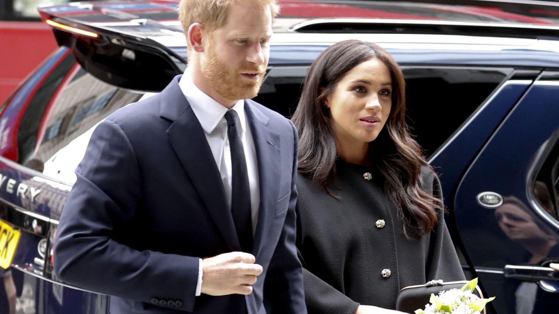 Кралското бебе с двойно гражданство и задължения към американските данъчни служби