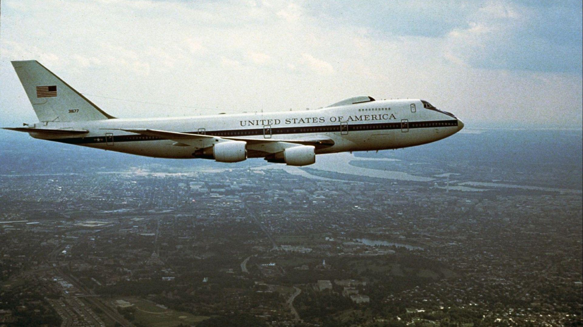"""""""Самолетът на Страшния съд"""" засегнат от наводненията в САЩ"""
