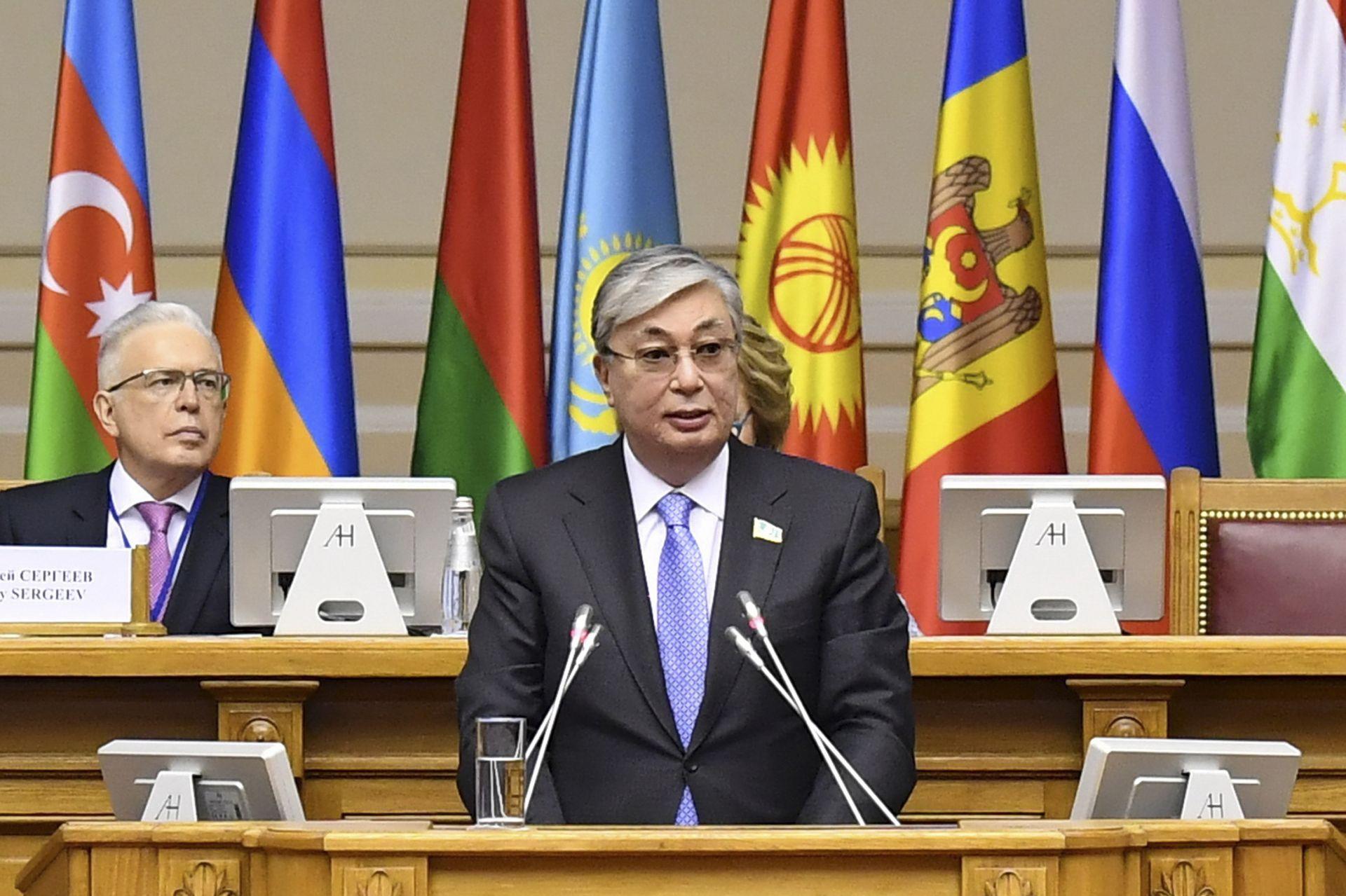 Касим-Жомарт Токаев като председател на парламента на Казахстан (архивна снимка от 27 март 2017 г.))