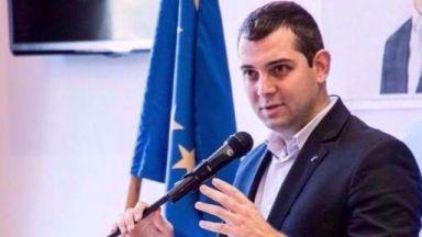 Делчев: Явяваме се отделно, Демократична България се капсулира