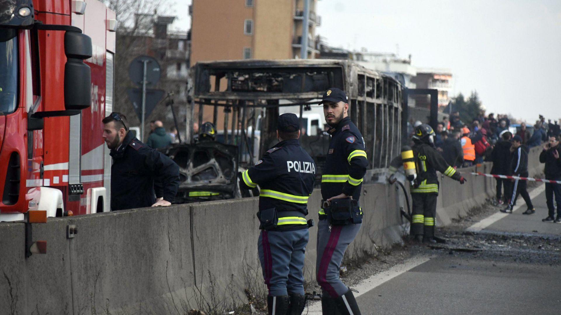 Адвокатът на мъжа, похитил и подпалил вчера автобус с 51