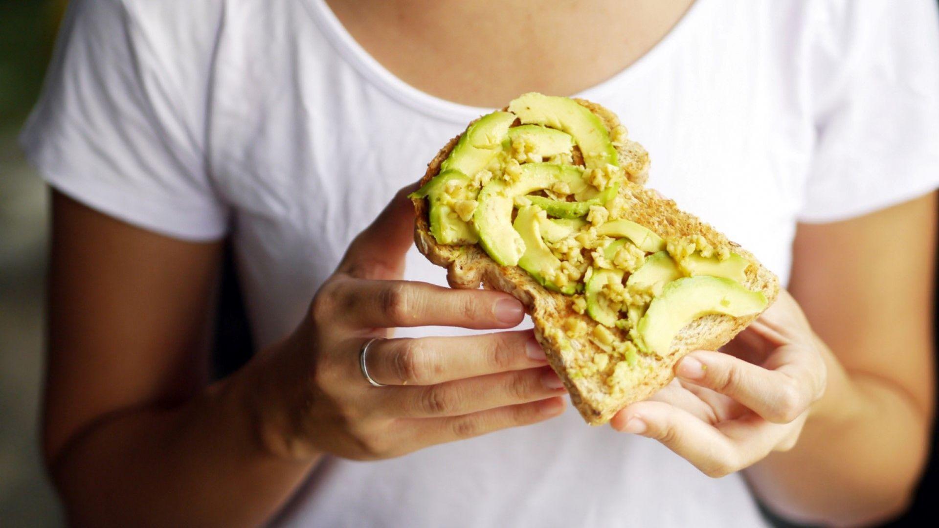 Авокадото помага за отслабване в областта на талията