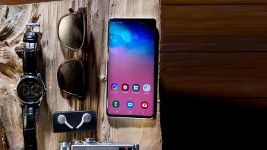 Какво може и как снима Samsung Galaxy S10+
