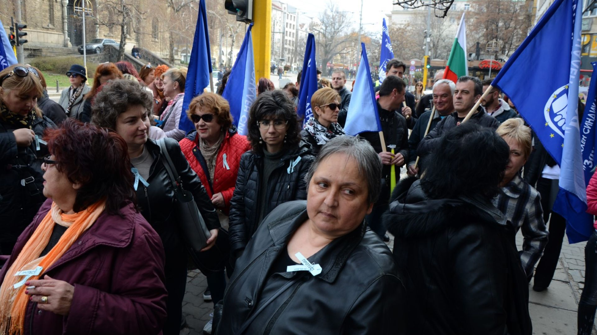 Премиерът наредил на Ананиев да оправи заплатите на медицинските сестри