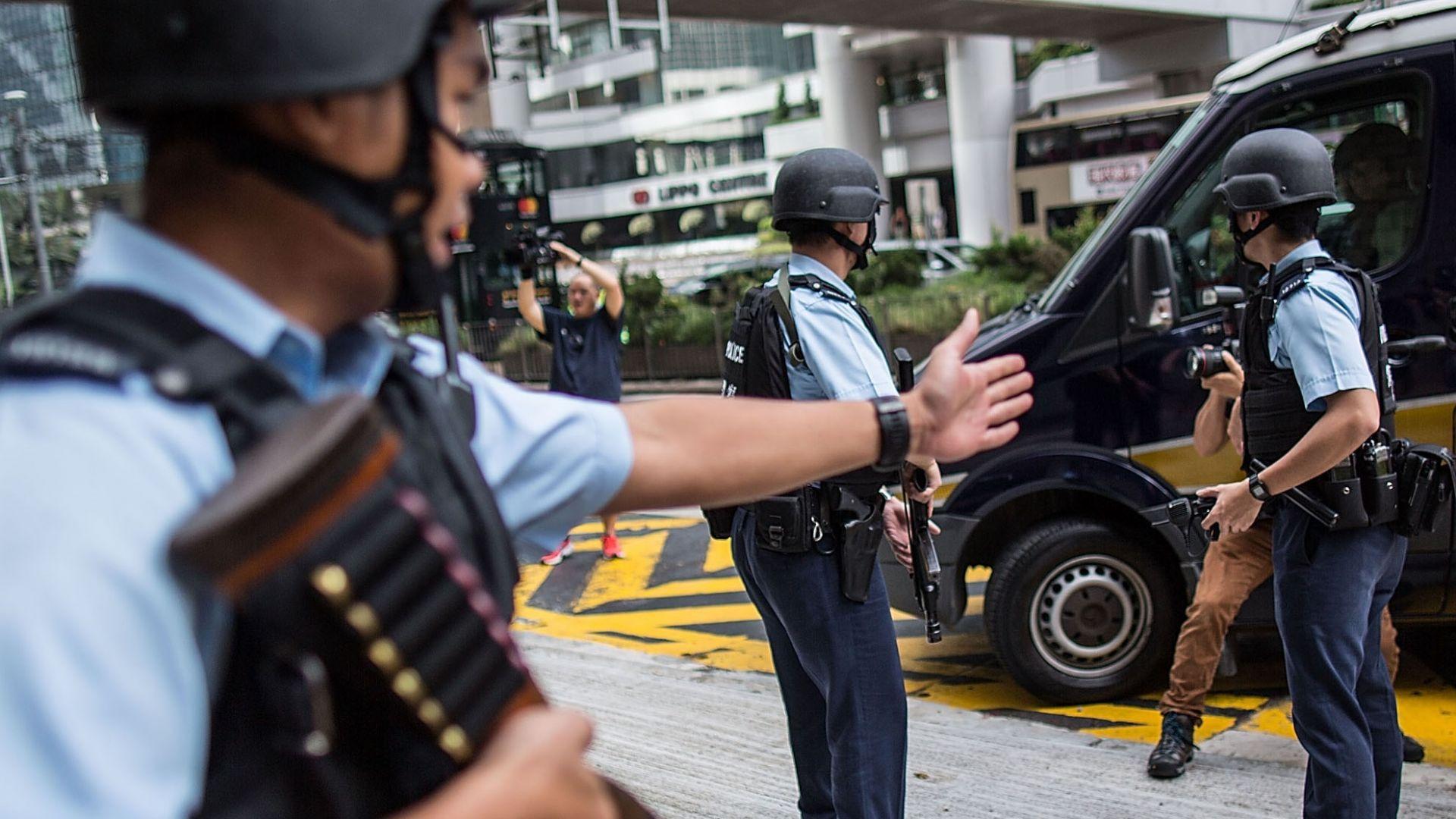 Шофьор се вряза с колата си в тълпа от хора в Китай